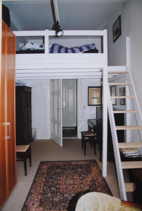 hochbett an selbstabbauer und selbstabholer billig abzugeben in berlin betten kaufen und. Black Bedroom Furniture Sets. Home Design Ideas