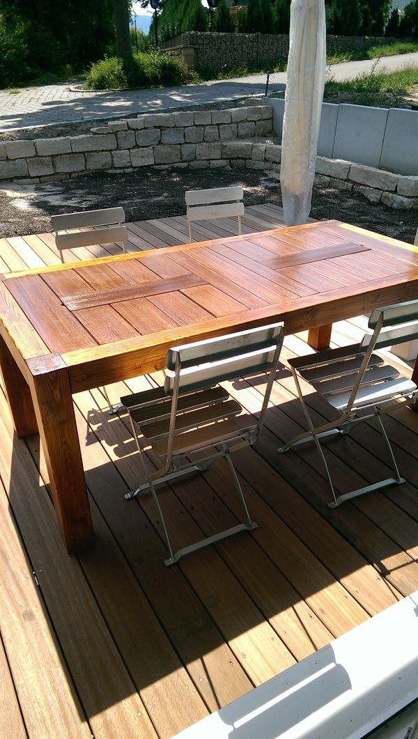 Selbstgeschreinerter tisch f r terrasse oder wohn for Holztisch gebraucht