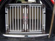 4pets hundebox groesse tiermarkt tiere kaufen. Black Bedroom Furniture Sets. Home Design Ideas