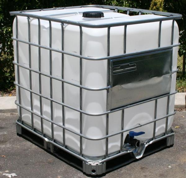 ibc 1000 l wassertank ungereinigt regenwassertank pet tank. Black Bedroom Furniture Sets. Home Design Ideas
