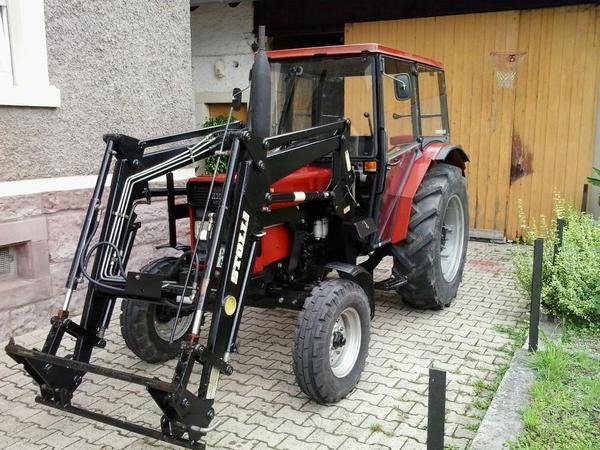 ihc 633 schlepper mit frontlader in gaggenau traktoren. Black Bedroom Furniture Sets. Home Design Ideas