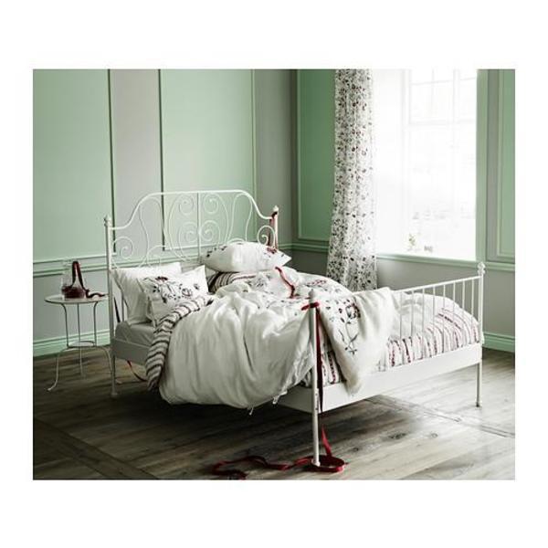 hi ich habe ein wei es metallbett von ikea modell. Black Bedroom Furniture Sets. Home Design Ideas