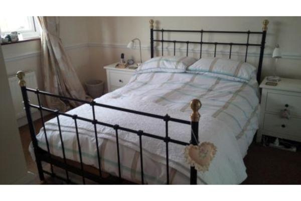 ikea apothekerschrank neuwertig kaufen. Black Bedroom Furniture Sets. Home Design Ideas