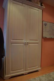 Jundenzimmer bestehend aus