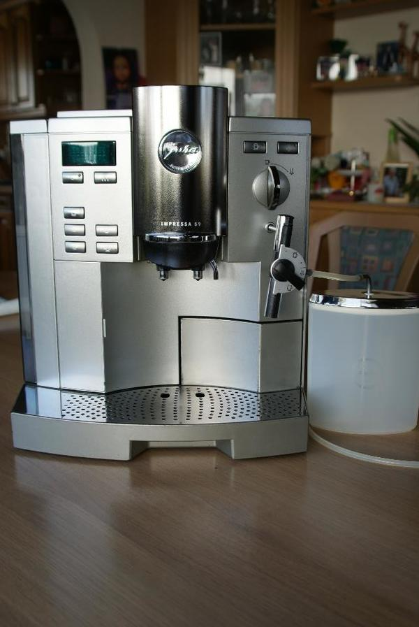 kaffeevollautomat defekt neu und gebraucht kaufen bei. Black Bedroom Furniture Sets. Home Design Ideas