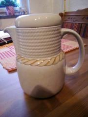 Kaffeekanne mit Deckel,