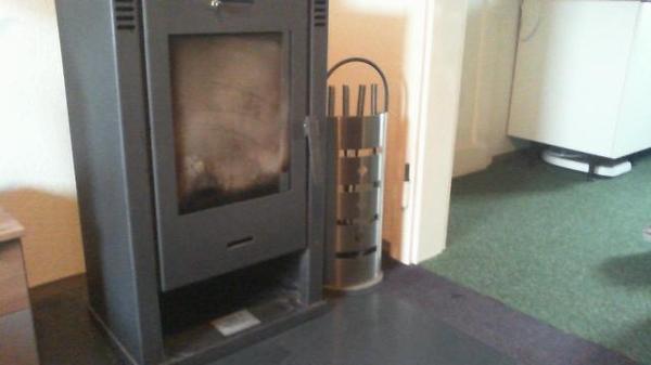 kaminofen in frankenthal fen heizung klimager te. Black Bedroom Furniture Sets. Home Design Ideas