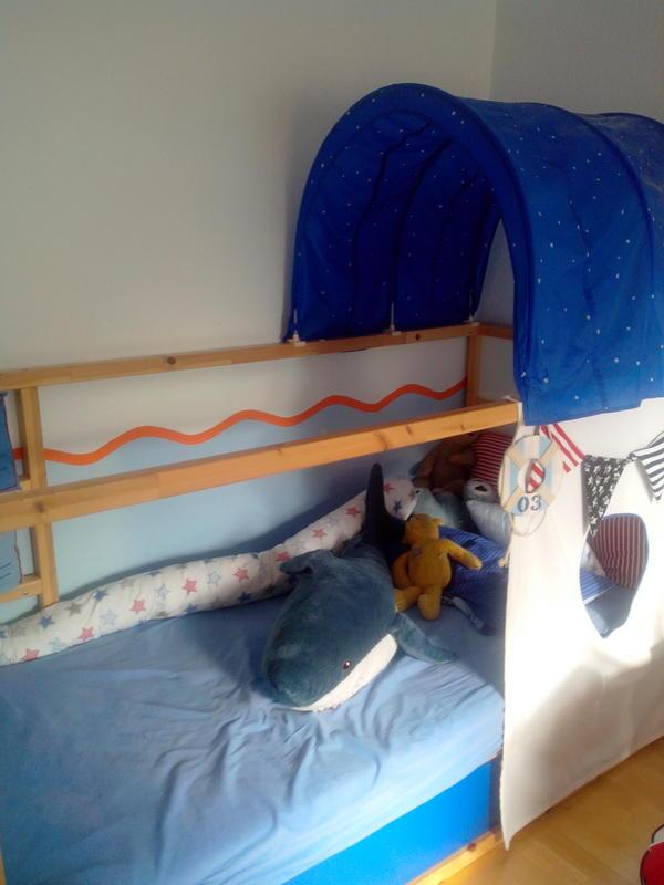 Eckkleiderschrank Weiß Ikea ~ Wir verkaufen ein tolles Piratenkinderbett Bett Kiefer massiv von Ikea