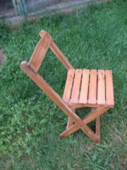 Kinderstuhl aus Holz,