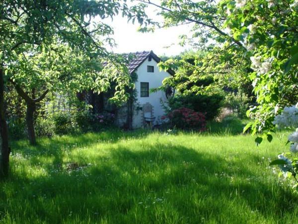 kleingarten schrebergarten mit massiv gemauerten chalet in recklinghausen schreberg rten. Black Bedroom Furniture Sets. Home Design Ideas