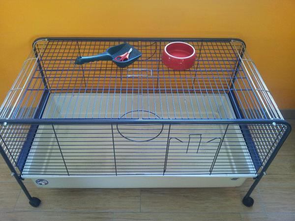 kleintierk fig meerschweinchen k fig stall in schwabach. Black Bedroom Furniture Sets. Home Design Ideas