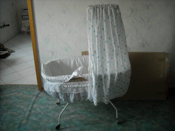 k rbchen auf rollen in hockenheim wiegen babybetten reisebetten kaufen und verkaufen ber. Black Bedroom Furniture Sets. Home Design Ideas