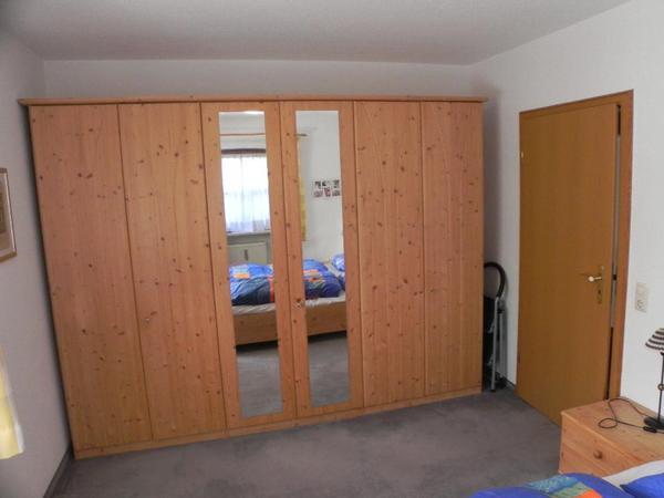 kleiderschrank fichte gebraucht paidi claire zweit rer. Black Bedroom Furniture Sets. Home Design Ideas
