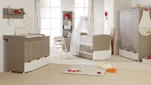 komplettes kinderzimmer bett wickelkommode schrank top. Black Bedroom Furniture Sets. Home Design Ideas