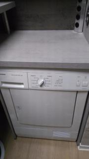 Kondenstrockner u. Waschmaschine