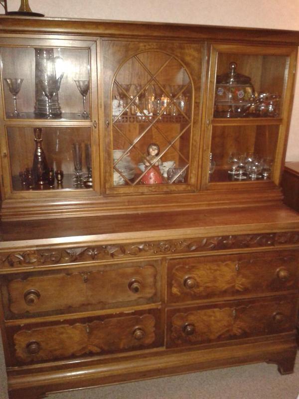 nussbaum antik neu und gebraucht kaufen bei. Black Bedroom Furniture Sets. Home Design Ideas