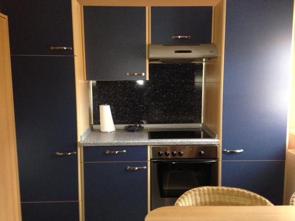 k che k chenzeile blau buche haushaltsaufl sung. Black Bedroom Furniture Sets. Home Design Ideas