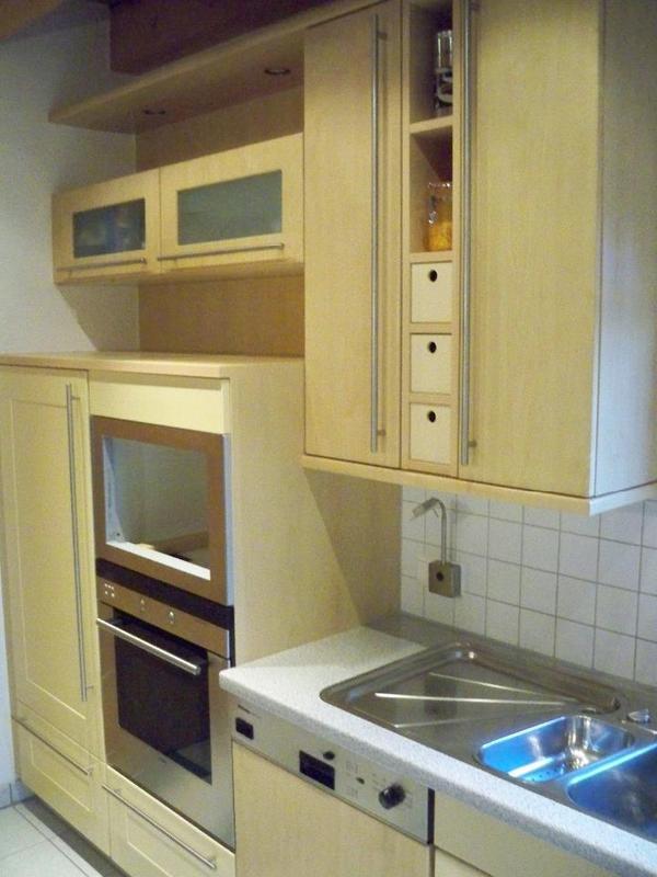 k che wird ohne dunstabzug mikrowelle und k hlschrank verkauft sideboard brett oben l nge 1 20. Black Bedroom Furniture Sets. Home Design Ideas