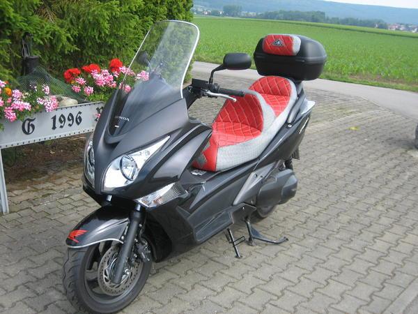 Luxus-Touring-Roller, Honda SW T-400, Topzustand, in Riedlingen - Honda bis 500 ccm kaufen und ...