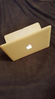 Macbook mit Tasche