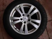MB Mercedes C-Klasse W205 WR auf Alufelgen 4x 225/55 R16 H Bridgestone, Profil 6 mm, Alufelgen, für Mercedes C-Klasse W205. Sehr guter Winterradsatz für die neue C-Klasse. ABE und ... 440,- D-76593Gernsbach Heute, 13:58 Uhr, Gernsbach - MB Mercedes C-Klasse W205 WR auf Alufelgen 4x 225/55 R16 H Bridgestone, Profil 6 mm, Alufelgen, für Mercedes C-Klasse W205. Sehr guter Winterradsatz für die neue C-Klasse. ABE und