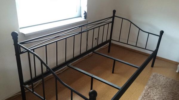 metallbett 90x200 wei good fabelhafte bett aus metall bett x metall tolle stabiles metallbett. Black Bedroom Furniture Sets. Home Design Ideas