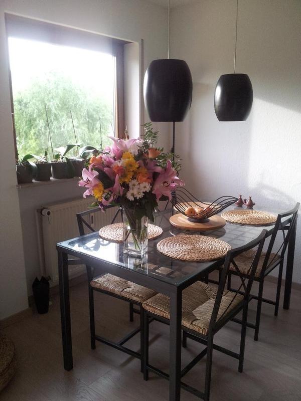 tisch glasplatte kleinanzeigen familie haus garten. Black Bedroom Furniture Sets. Home Design Ideas