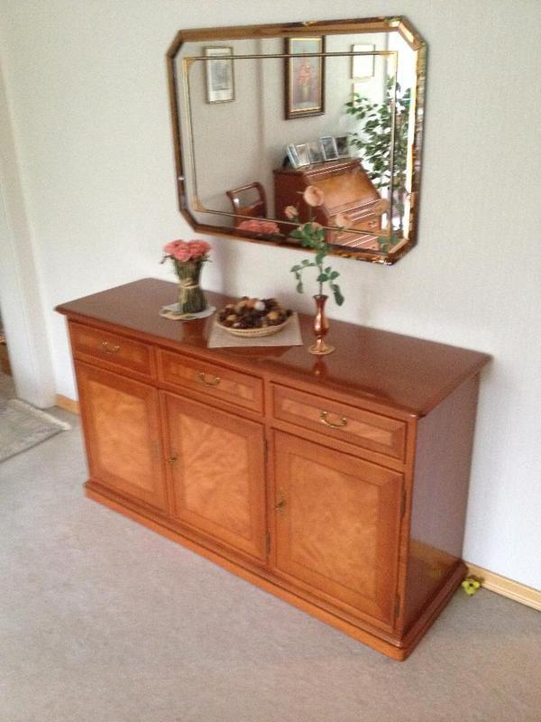 antike garderobe neu und gebraucht kaufen bei. Black Bedroom Furniture Sets. Home Design Ideas