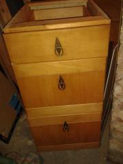 moebelum schubladen schrank haushalt m bel gebraucht. Black Bedroom Furniture Sets. Home Design Ideas