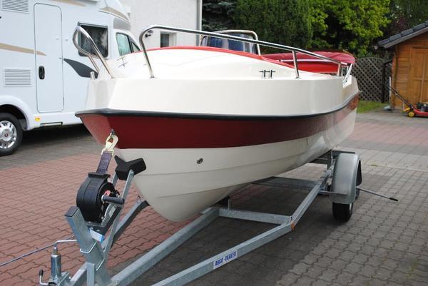 motorboot konsolenboot 50 ps wie neu in berlin motorboote kaufen und verkaufen ber private. Black Bedroom Furniture Sets. Home Design Ideas