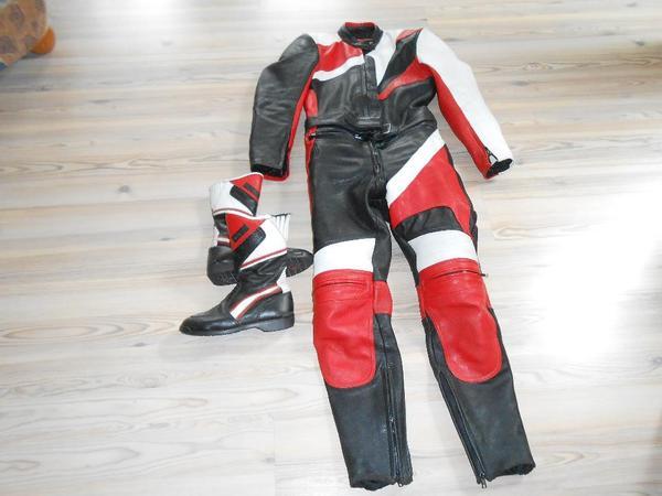 motorrad leder kombination f r damen und motorrad stiefel. Black Bedroom Furniture Sets. Home Design Ideas