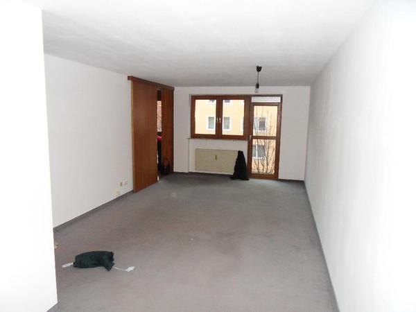 nachmieter gesucht f r 1 5 zimmer wohnung mitten in m nchen vermietung 1 zimmer wohnungen. Black Bedroom Furniture Sets. Home Design Ideas