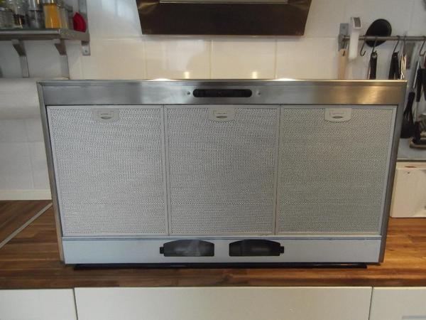 neu abzugshaube 90 cm kohlefilter in eberbach sp len abzugshauben kaufen und verkaufen ber. Black Bedroom Furniture Sets. Home Design Ideas