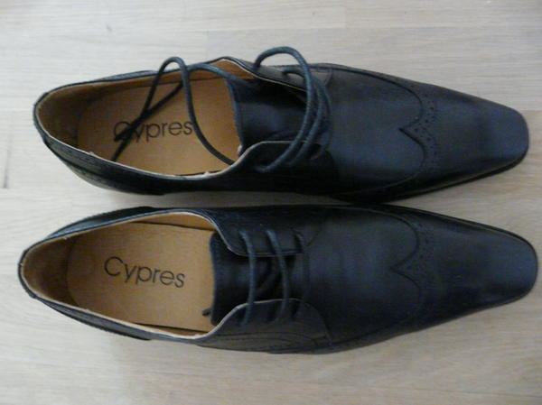 neue schwarze cypres herren halbschuhe ungetragen gr 42 in m nchen schuhe stiefel kaufen. Black Bedroom Furniture Sets. Home Design Ideas