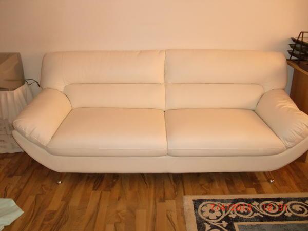 neuwertige wei e ledercouch sessel sofa polsterm bel. Black Bedroom Furniture Sets. Home Design Ideas