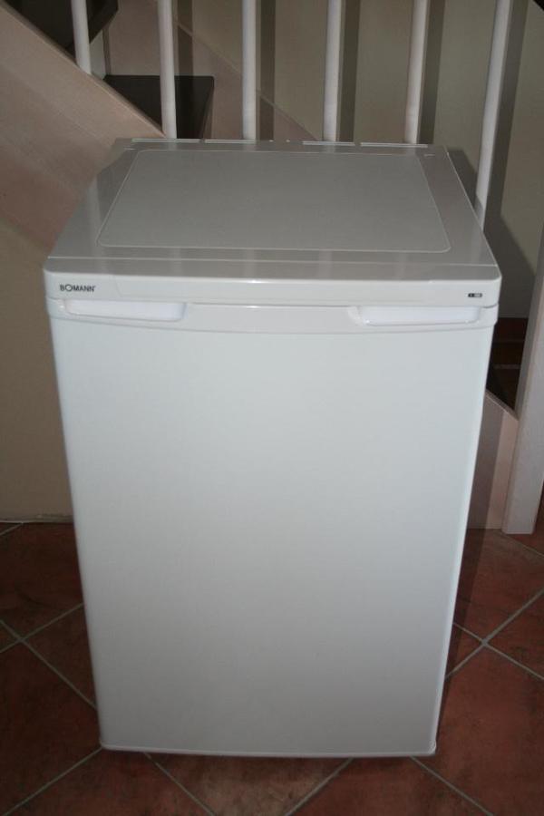 neuwertiger k hlschrank bomann ks 197 zu verkaufen 118 liter in garching k hl und. Black Bedroom Furniture Sets. Home Design Ideas