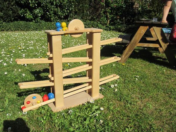 Nic Holz Kugelbahn Laufteile ~ nic Kugelbahn in Kronau  Holzspielzeug kaufen und verkaufen über