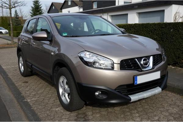 nissan qashqai 1 6 acenta start stop 1 hand abnehmb. Black Bedroom Furniture Sets. Home Design Ideas