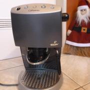 """Orig. CAFISSIMO orig. Tchibo \""""Cafissimo\"""" Kaffee-/ Espressomaschine. ca 4 Jahre alt, technisch und optisch 1a - Zustand. Voll funktionsfähig. 20,- D-68519Viernheim Heute, 19:18 Uhr, Viernheim - Orig. CAFISSIMO orig. Tchibo """"Cafissimo"""" Kaffee-/ Espressomaschine. ca 4 Jahre alt, technisch und optisch 1a - Zustand. Voll funktionsfähig"""