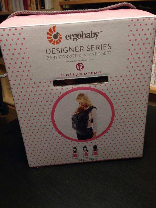 original ergobaby babytrage baby carrier wie neu ovp neugeboreneneinsatz bellybutton anthrazit. Black Bedroom Furniture Sets. Home Design Ideas