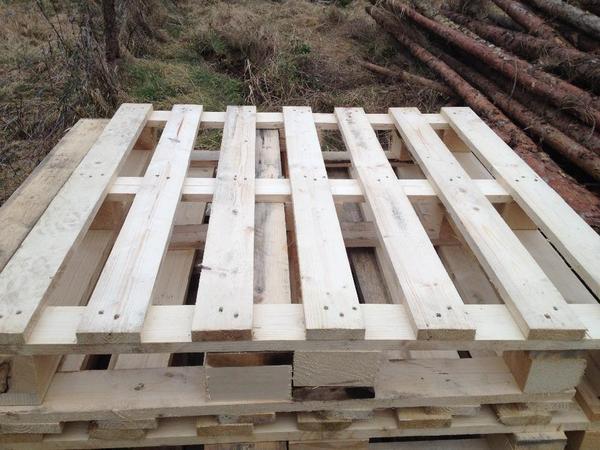 paletten neuwertig m belbau brennholz lagern lagerung in hallerndorf holz kaufen und. Black Bedroom Furniture Sets. Home Design Ideas