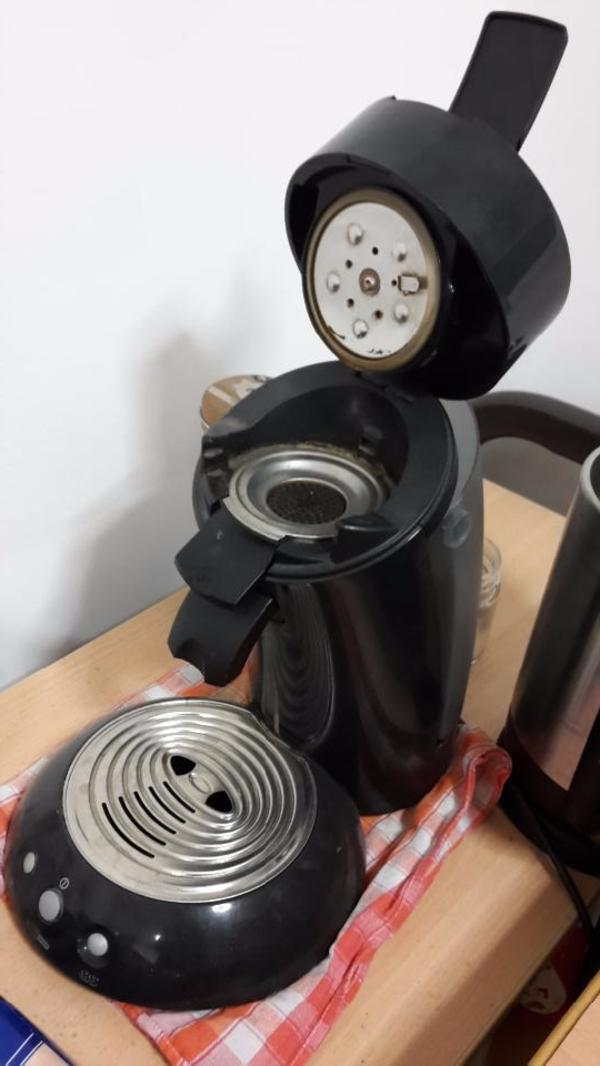philips senseo kaffeemaschine in neubiberg kaffee espressomaschinen kaufen und verkaufen. Black Bedroom Furniture Sets. Home Design Ideas