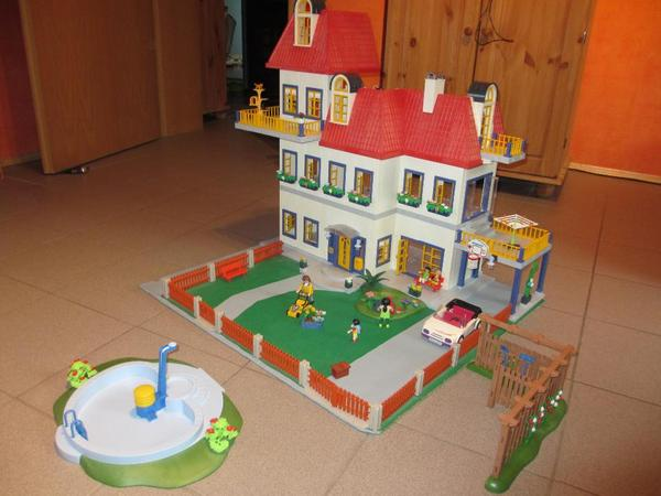 Playmobil wohnhaus in worms spielzeug lego playmobil for Jugendzimmer playmobil