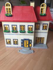 Playmobilpuppenhaus
