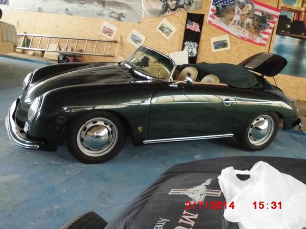 porsche 356 speedster der 60ziger jahre replika mit t v. Black Bedroom Furniture Sets. Home Design Ideas