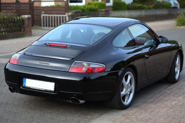 porsche 911 996 in schwarz in d lmen kaufen und verkaufen ber private kleinanzeigen. Black Bedroom Furniture Sets. Home Design Ideas