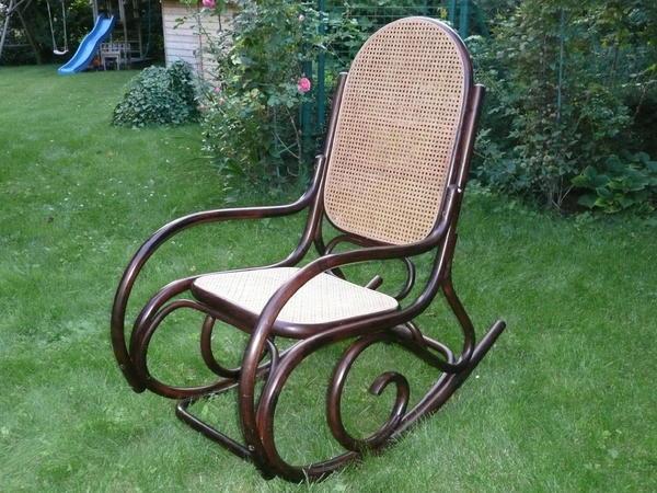 Rarit t schaukelstuhl aus dunkel gebeiztem bambus sitz for Schaukelstuhl aus bambus