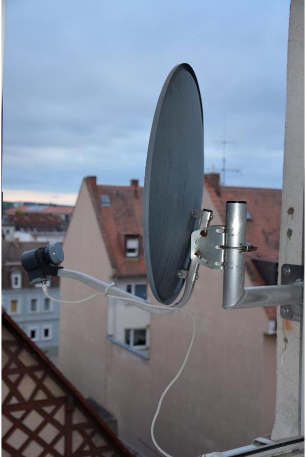 satellitensch ssel halterung zu verkaufen in weisendorf antenne sat receiver kaufen und. Black Bedroom Furniture Sets. Home Design Ideas