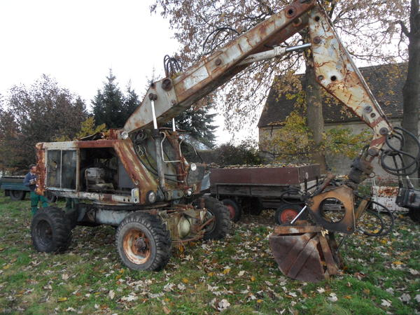 schlachte t174 bagger traktoren landwirtschaftliche fahrzeuge aus klix. Black Bedroom Furniture Sets. Home Design Ideas