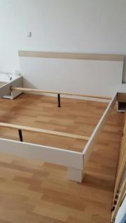 Schlafzimmer Bett 180